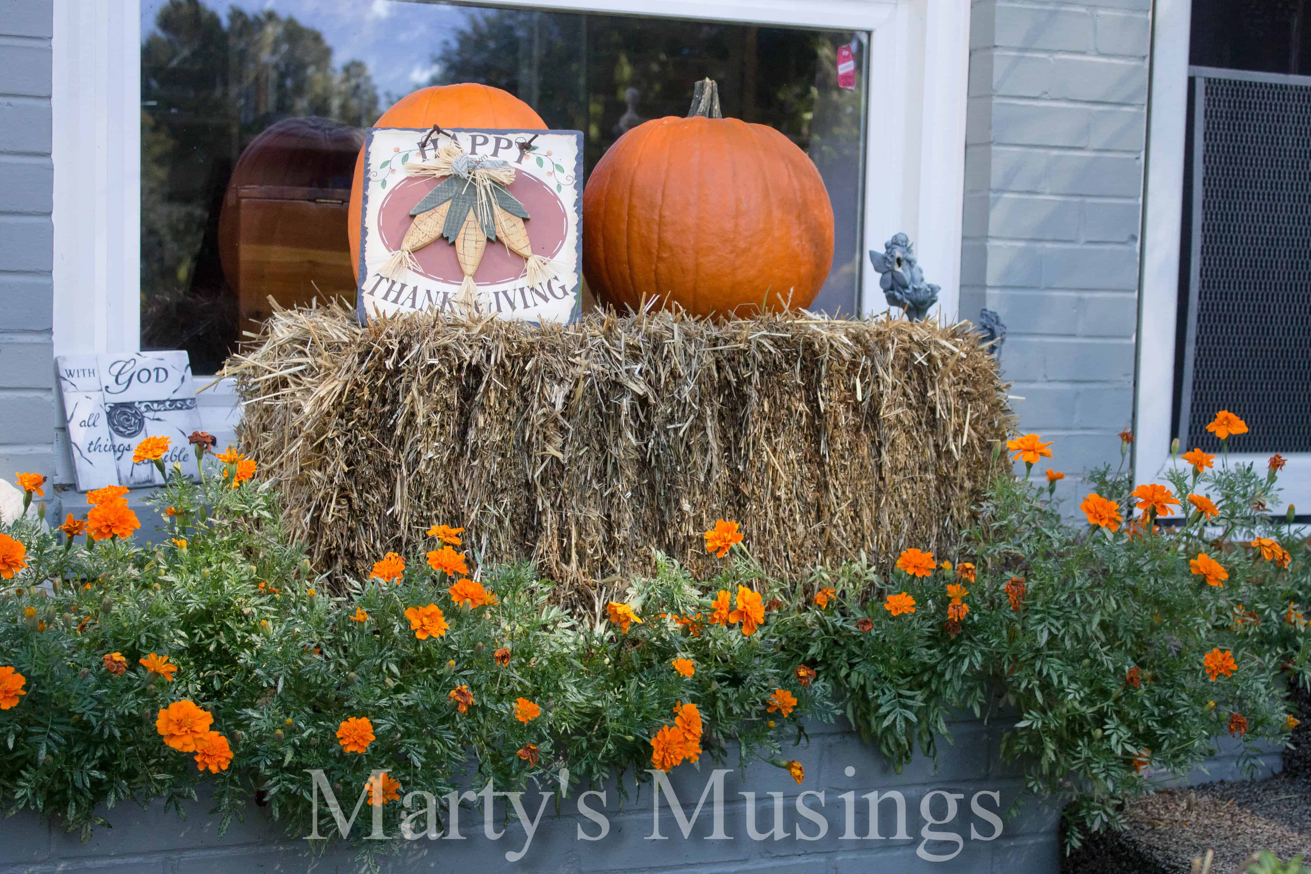 Outdoor Decorating For Fall