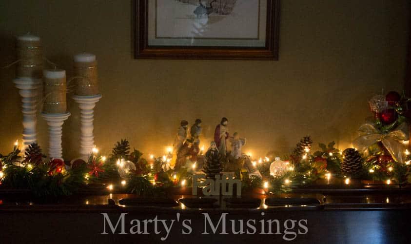 Decorating Ideas > Inexpensive Christmas Decor ~ 062026_Christmas Decoration Ideas Piano