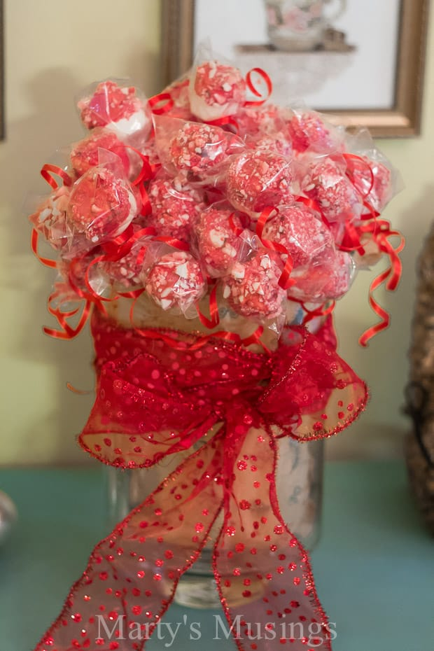Valentine Marshmallow Pops - Marty's Musings