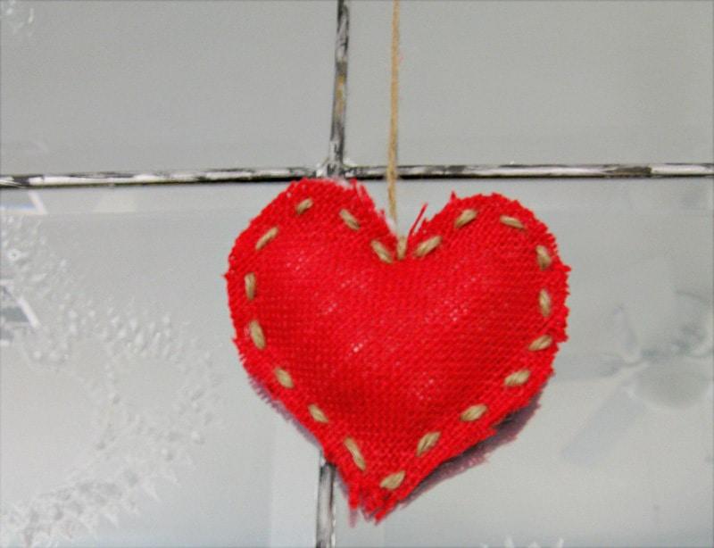 burlap-heart-4