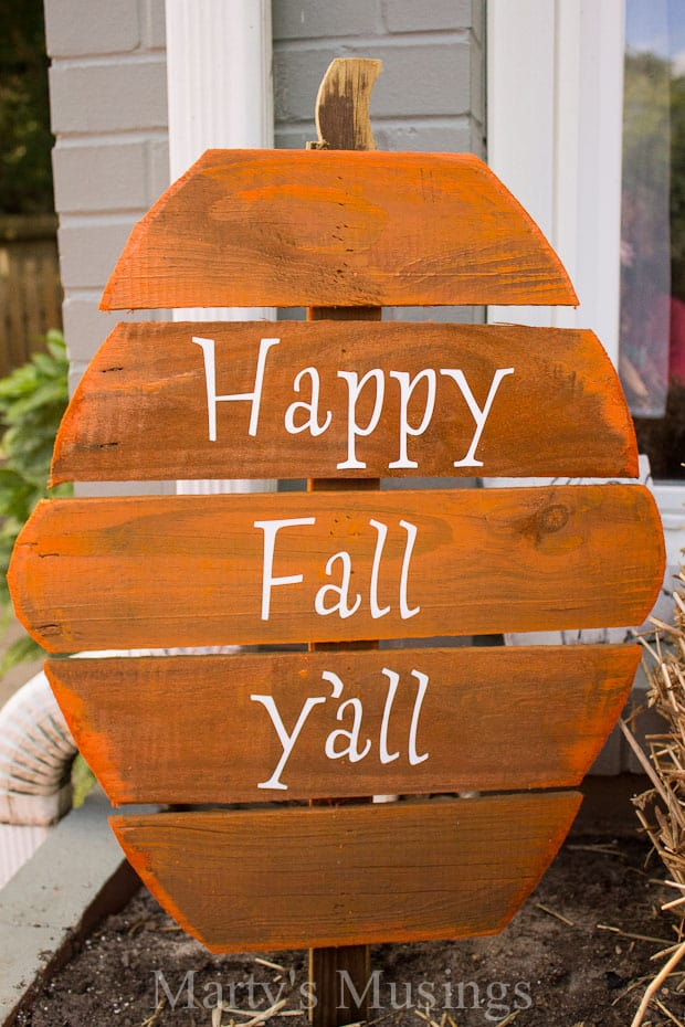 Diy rustic fence board pumpkins for Happy color spray paint price