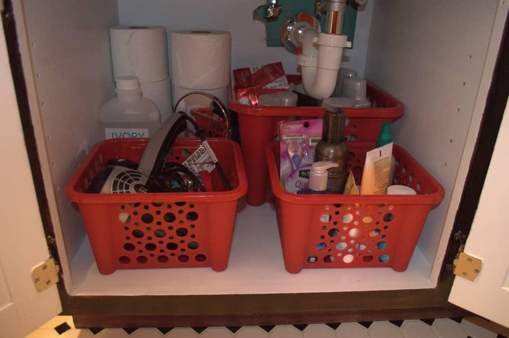 bathroom after baskets.NEF