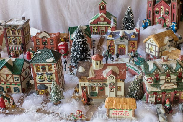 christmas village display ideas from martys musings - Christmas Town Decorations