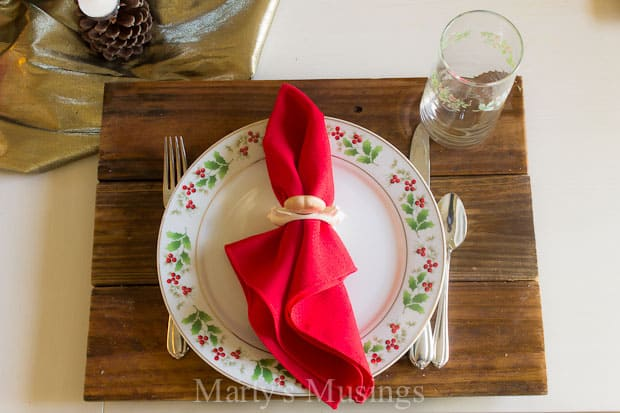 Thrifty Tips for a Rustic Christmas Tablescape