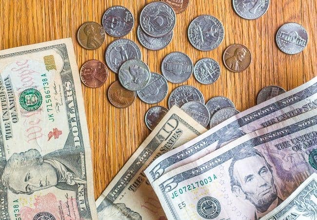 Ways to Save Money: 7 Simple Tips to Stretch Your Money!