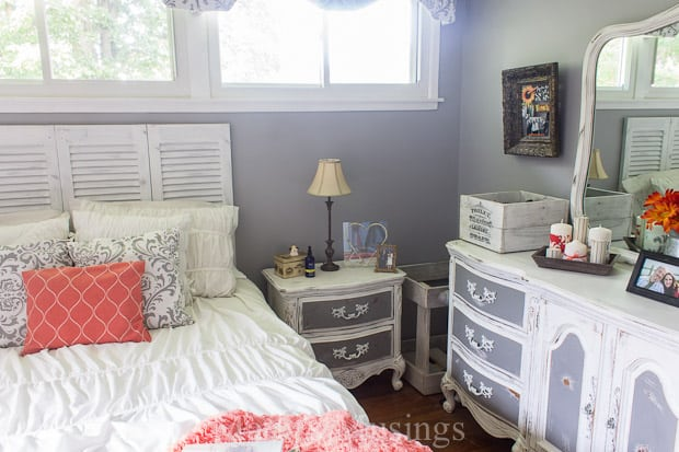 Simple Gray and Coral Bedroom Makeover Marty us Musings