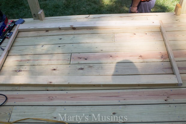 How to Build a Sunburst Deck Railing - Marty's Musings