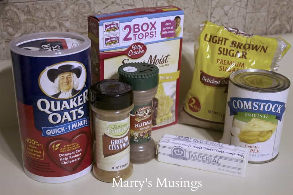 Apple Pie Pie Filling Bars with Crumb Topping - Marty's Muisngs