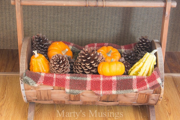Easy Fall Vignette - Marty's Musings