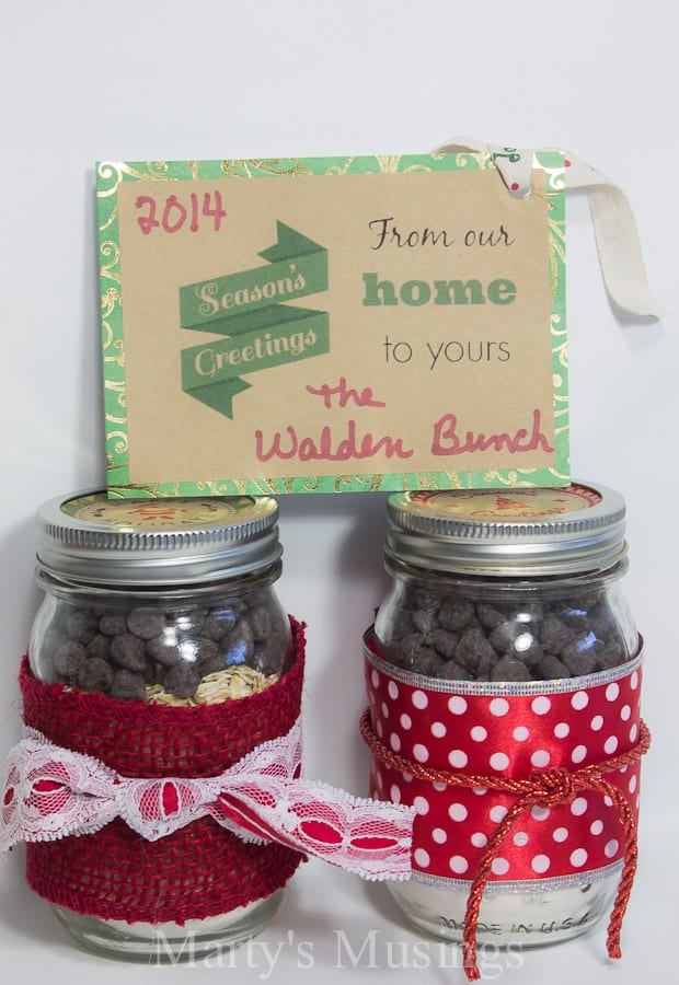 Christmas mason jar labels and printables for What to fill mason jars with for christmas