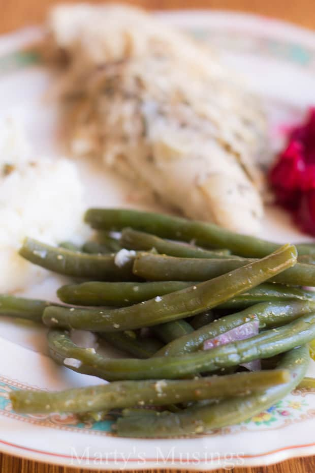 Want to eat healthier? Here's a terrific green bean vinaigrette recipe and tips on how to cook green beans the healthy way!