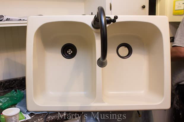Marty's Musings offers tips on how to replace a kitchen faucet, including choosing a style and DIY installation.