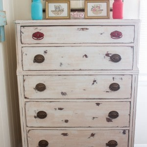 This shabby chic dresser from Marty's Musings began as a curbside cast off before it was transformed with chalk paint and a little elbow grease! Check out all the DIY details!