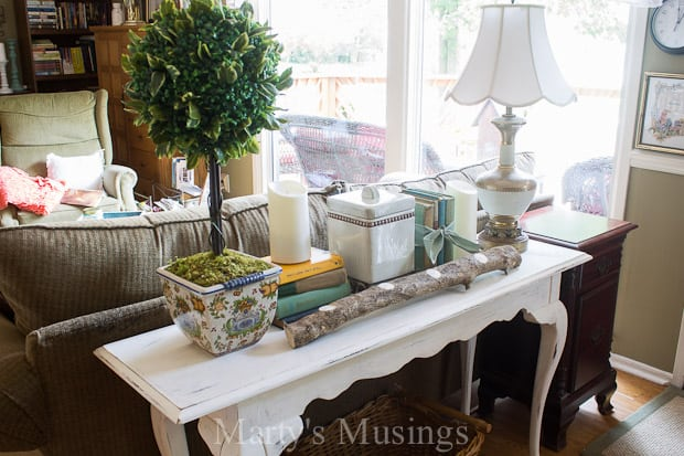 Mixing classic elements with vintage, rustic and shabby chic is easy with these tips from Marty's Musings for something old something new. No expertise necessary, just have fun!