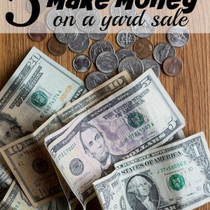 5 practical tips on how to make money on a yard sale while clearing out excess stuff! Includes where to hold it, what to sell, pricing, promotion and morel.