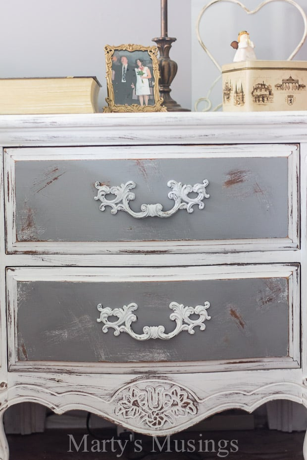 By Using Both Chalk Paint And Behr Paint This Bedroom Furniture Went From  Outdated To Shabby