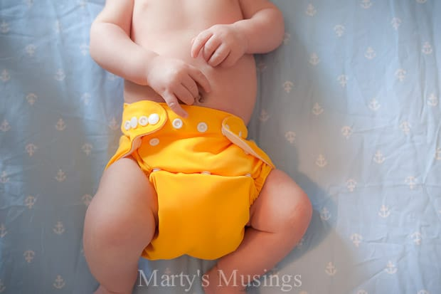 Every new mom should know the 5 things about cloth diapers including how much money they will save over the years and how easy they are to use. A first time mom shares all the details!
