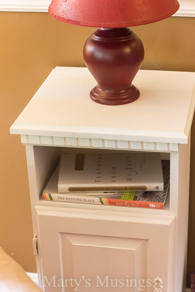Some of the best bargains come from yard sales and this $4 side table was perfect for a makeover using Behr paint. Tips and instructions included.