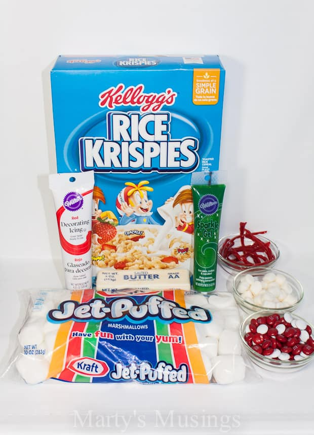 Don't miss out on special family memories this holiday season! These 3-ingredient Rice Krispies treats ornaments are a perfect way to help your kids imagination soar!