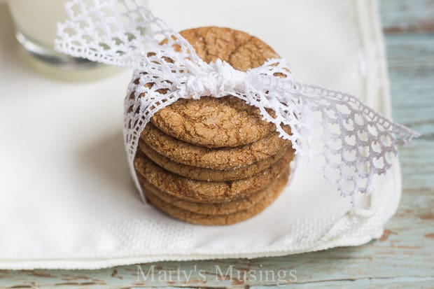 Easy Molasses Cookies Recipe