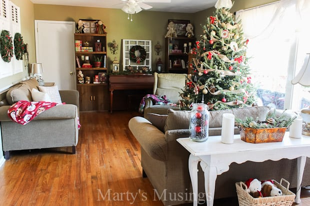 Thrifty Christmas Home Tour