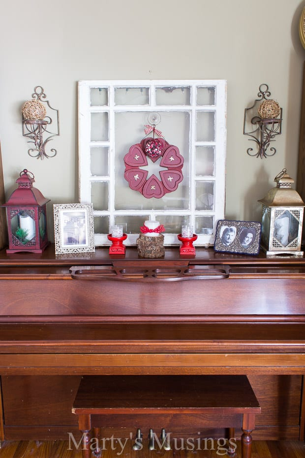 Valentines day decor easy ideas for the thrifty home for Thrifty decor