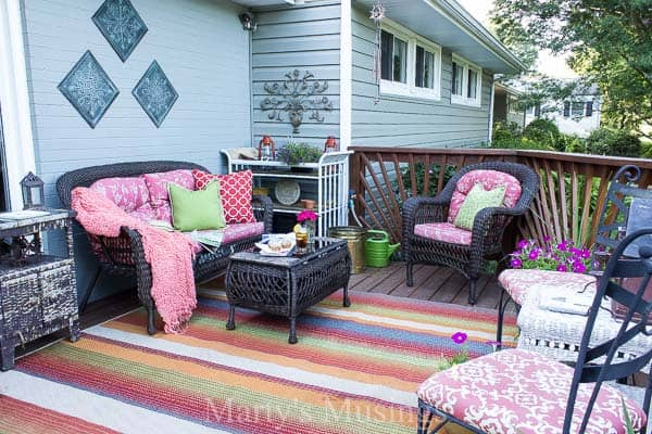 Try These 5 Deck Decorating Ideas On A Budget To Create A Gorgeous Outdoor  Room With
