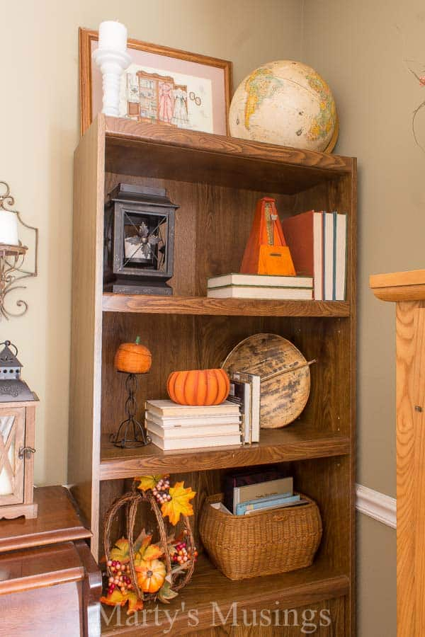 With just a few practical tips you'll be on your way to a beautiful fall home. These fall decorating ideas are both inexpensive and doable for everyone!