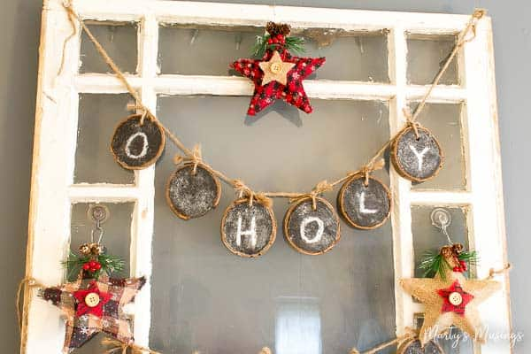 Anyone can decorate a Christmas mantel the cheap way with these 5 amazing tips! No more wasted time or money and your decorations will still be stunning!