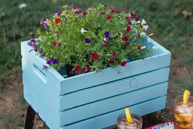 5 Outdoor Entertaining Tips for an Easy Gathering