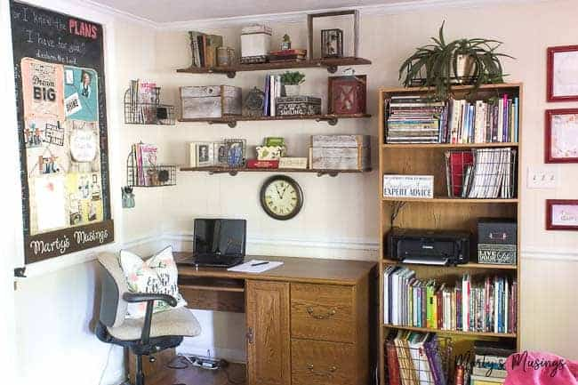 Create an organized and thrifty home office nook in your home with these simple tips on organizing your office space, time AND your life!