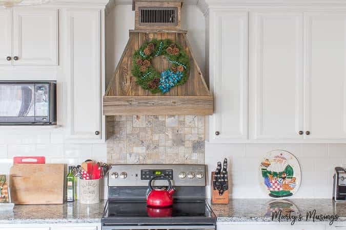 Rustic Christmas Kitchen Decor