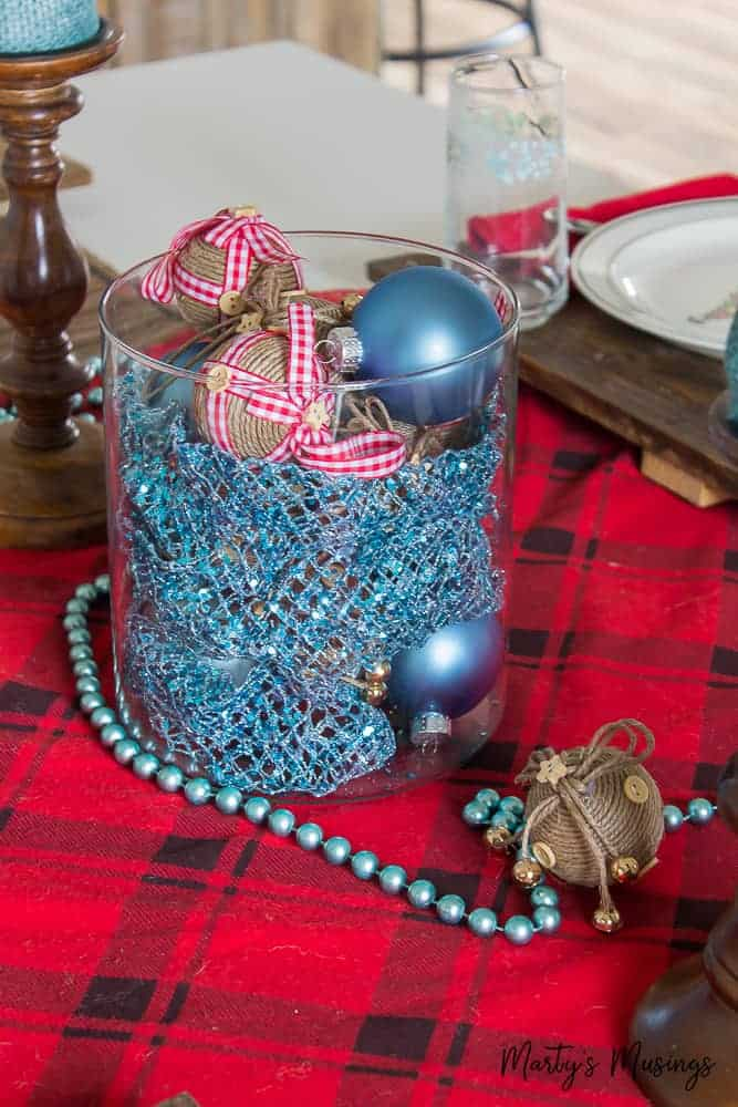 Rustic christmas table decorations martys musings christmas table decorations as well think entertaining has to be expensive and stressful not anymore celebrate the heart of solutioingenieria Images