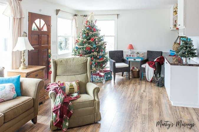 Filled with thrifty aqua and red decor and easy DIY tips, this 2017 Christmas home tour also gives encouragement for embracing the heart of the home.