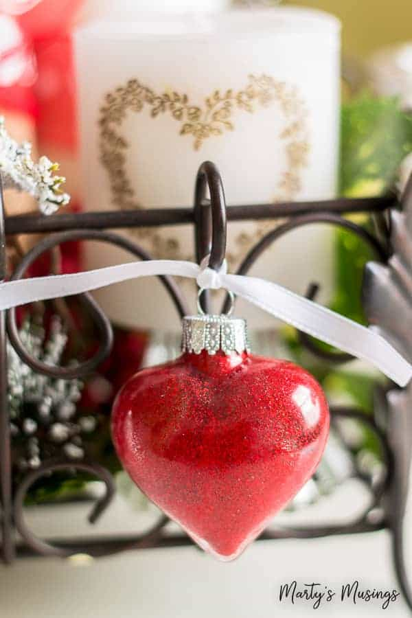 These easy and cheap Valentine's Day decorations are items you already have in your home! With a couple of practical tips you'll know how to pull it all together!