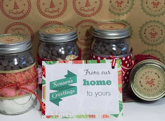 Christmas gift labels and mason jar labels with free printable