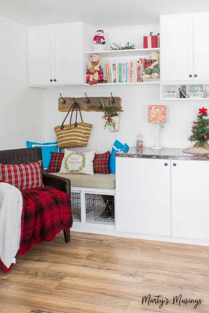 Christmas home tour with red and aqua accents in the drop zone