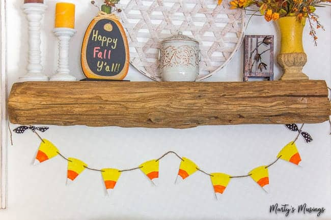 Easy Candy Corn Banner (from a paper plate!)