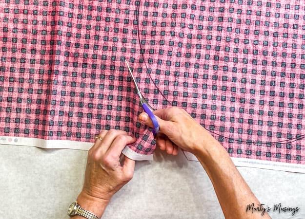 cut circle out of buffalo plaid fabric